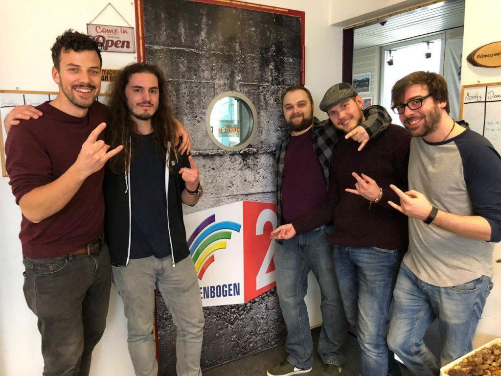 Colored Surge bei Radio Regenbogen 2 im Interview mit dem Langen
